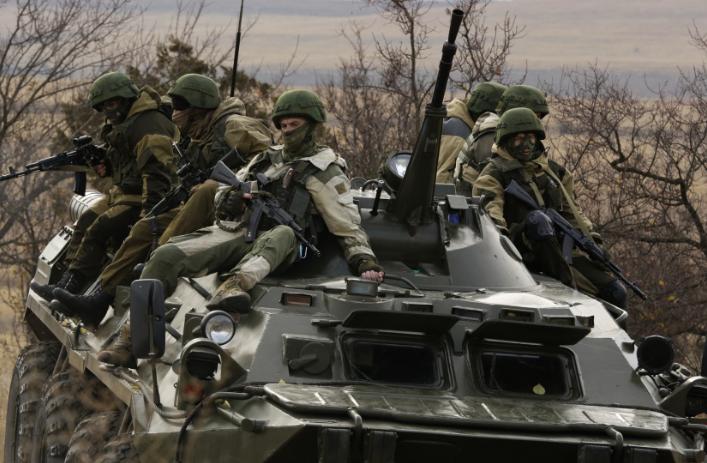 Пограничники ФСБ на бтр
